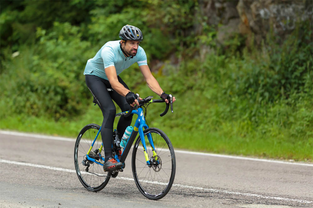 Are Road Bikes Faster Than Hybrids